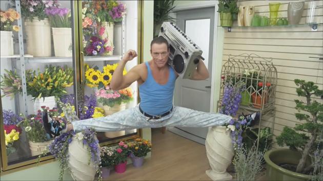 Go Daddy Domainanbieter wirbt mit Jean-Claude Van Damme
